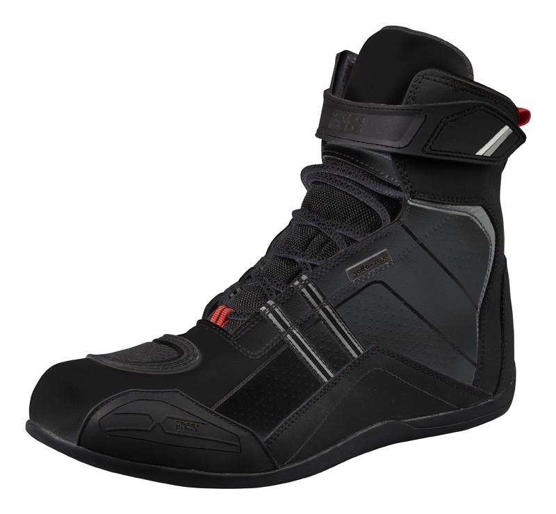 Sports Shoe RS-300-ST IXS